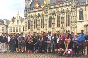 Tour gratis de Brujas - La Plaza Burg, Brujas Bélgica