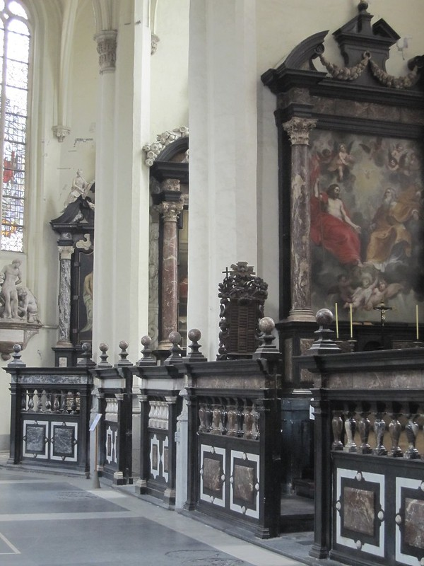Capillas en la Iglesia de Santiago, Amberes.