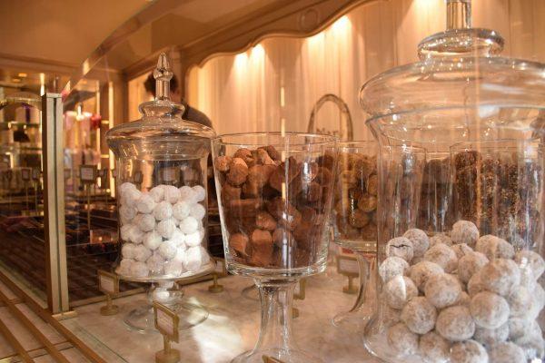 Chocolatería Mary - Titular de una Orden Real Belga desde 1942 - Uno de los mejores chocolates belgas.