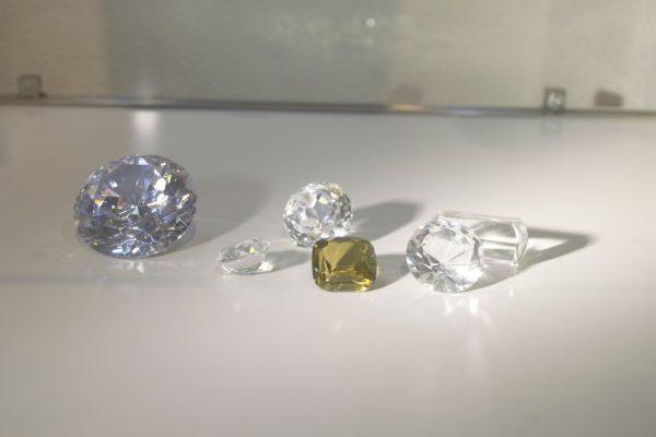 Diamantes – Amberes, centro Internacional del Mercado del Diamante - Diamondland Antwerp.
