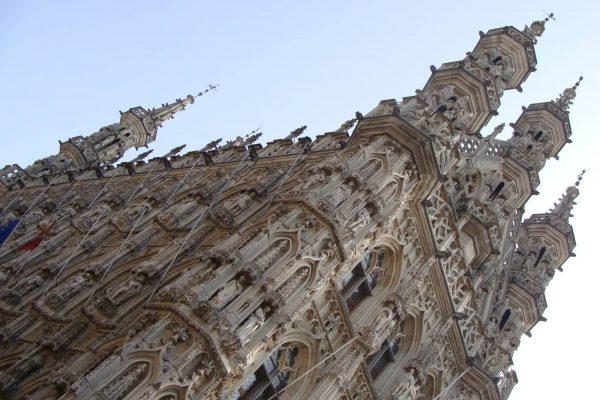 El ayuntamiento gótico más hermoso del mundo - Excursión a Lovaina desde Bruselas