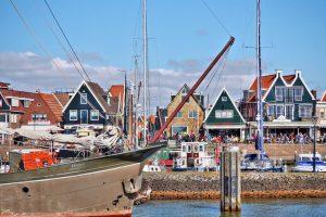 El muelle de Volendam - Tour privado por los pueblos holandeses ©joiseyshowaa