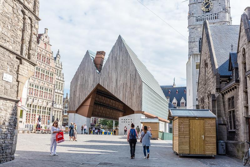 El pabellón municipal - Excursión a Gante desde Bruselas - En imágenes.