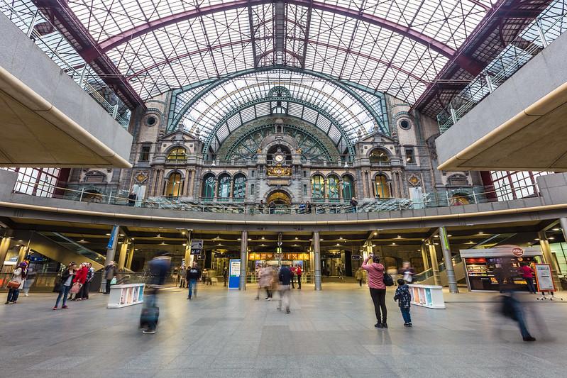Excursión a Amberes desde Bruselas - En imágenes - La Estación Central de Amberes.