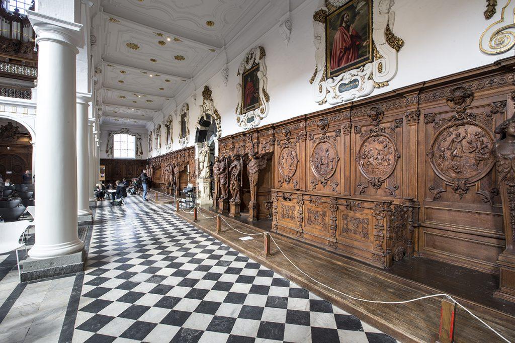 La iglesia de San Carlos Borromeo. Es considerada como la iglesia de Rubens.