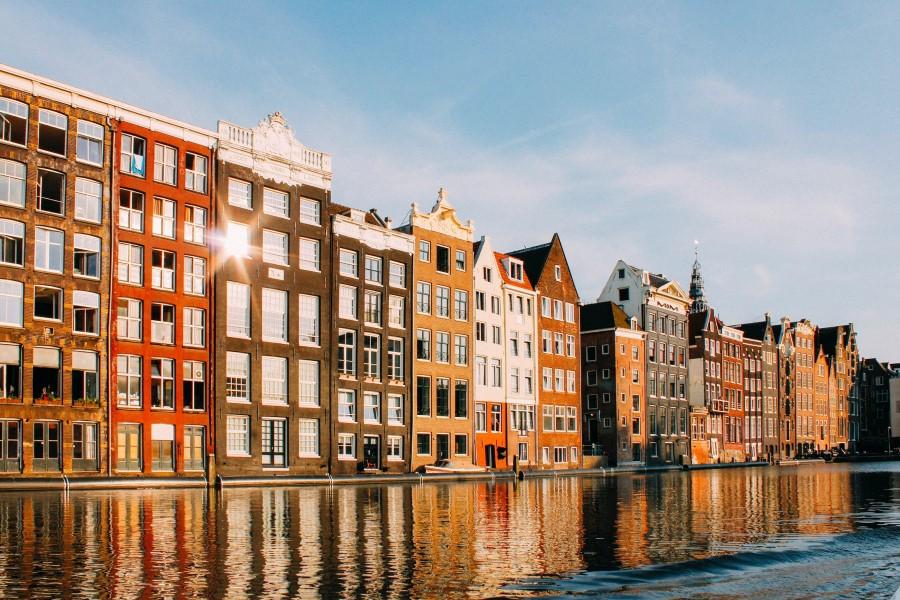 Las mejores experiencias y visitas guiadas por Ámsterdam - Casa típicas - Canales de Ámsterdam