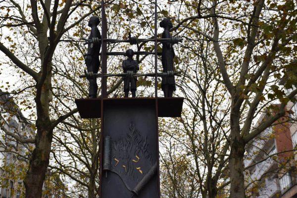 Monumento a las víctimas de la Shoah en Amberes - Tour por el barrio judío de Amberes