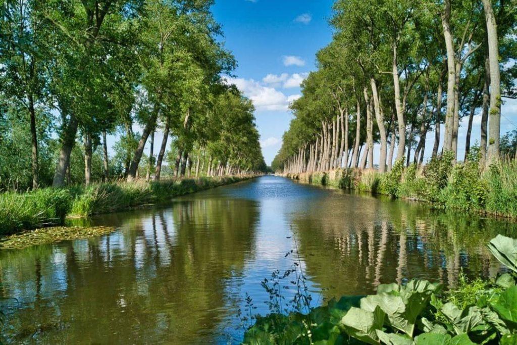 Paseo en bicicleta de Brujas a Damme - Canal de Damme - © Visit Damme