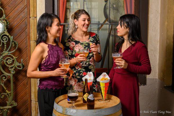 Tour nocturno de Bruselas - Degustación de cervezas belgas y patatas fritas (a la francesa)