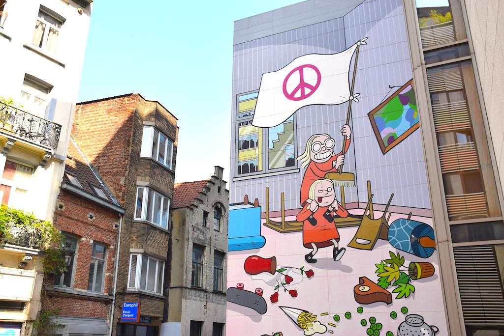 Circuito de los murales de cómics en Bruselas, Kinky y Cosy, Nix.