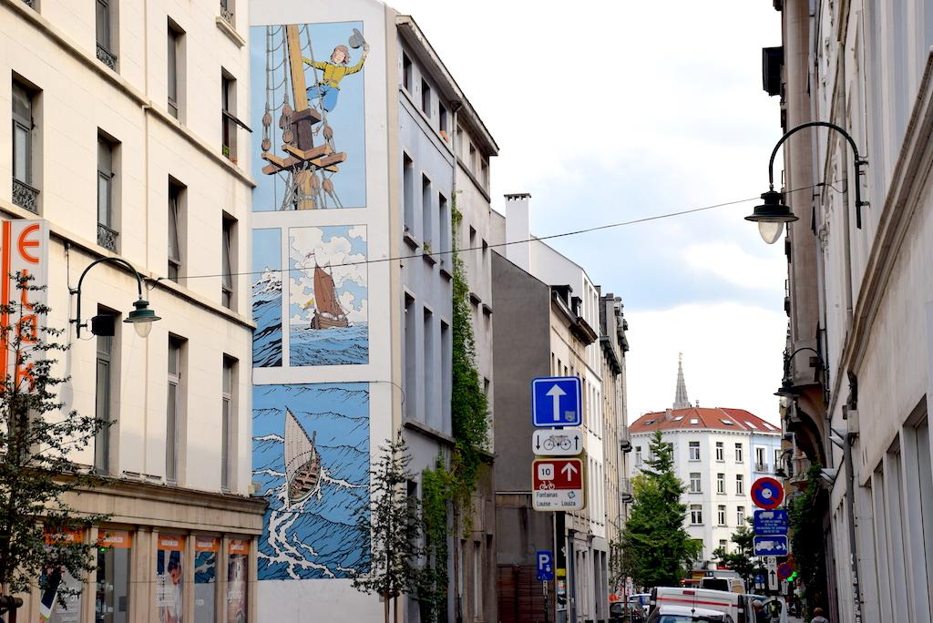 Circuito de los murales de cómics en Bruselas - Mural Bob de Moor – Cori le Mousaillon.
