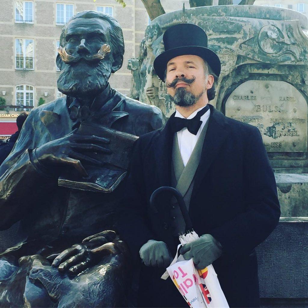 L'ancien bourgmestre de la ville de Bruxelles, Charles Buls vous attends pour la fête de l'Iris.