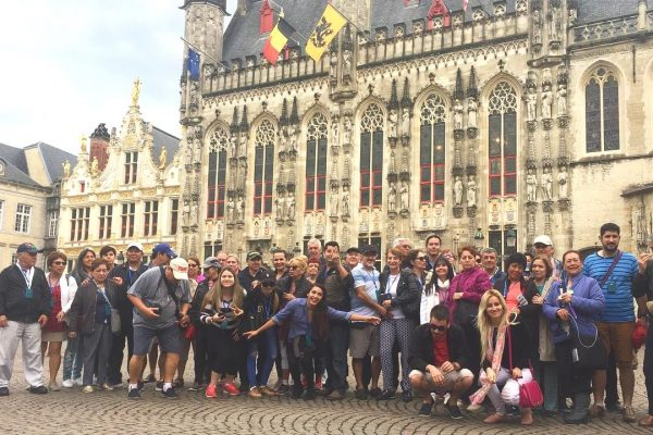 Burg Square - The free tour of Bruges